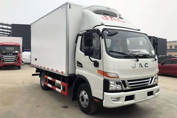 江淮驭菱V5 4.2米冷藏车